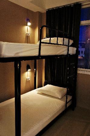 Link Corner Hostel Bangkok: Dorm room