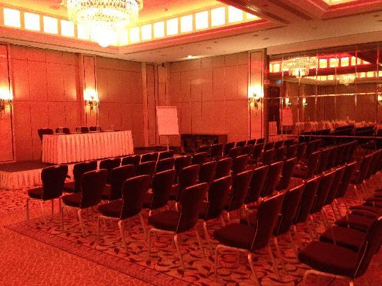 InterContinental Moscow Tverskaya Hotel: Ballroom set-up for meeting