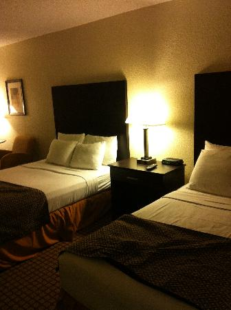 International Palms Resort & Conference Center: our room :)