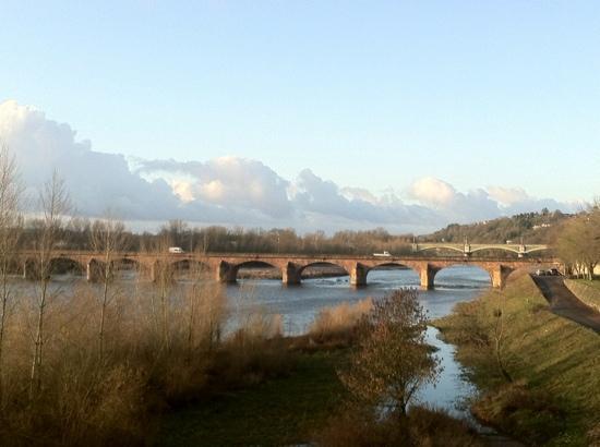 Mercure Nevers Pont de Loire : Vue chambre