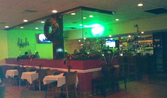 Azteca Restaurant and Cantina : Bar Area