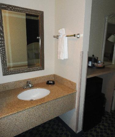 Vanity Outside Bathroom vanity sink outside bathroom - picture of hampton inn orlando near