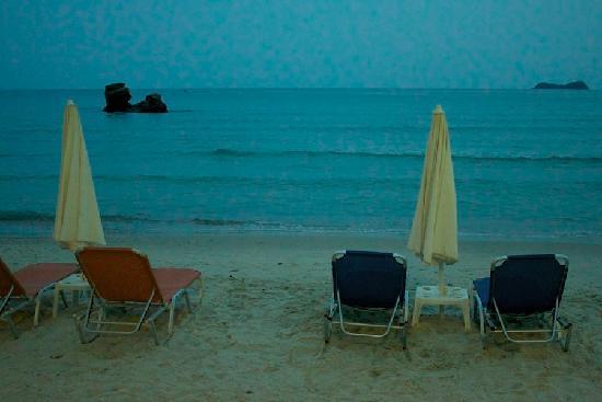 Enavlion Hotel Batagianni: the beach