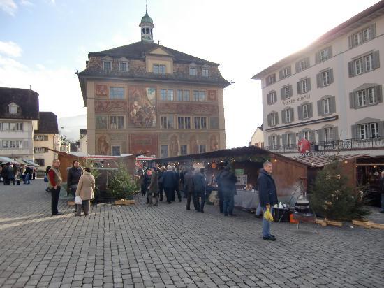 Post Hotel Weggis: Marché de Noël à Schwytz
