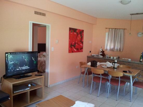 Los Robles Apart Hotel