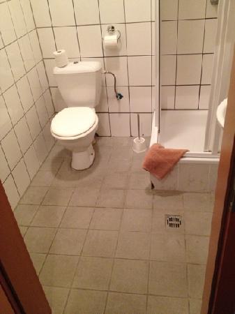 Hotel Bergheim : Badezimmer