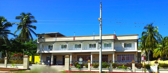 Santa Crest Hotel: Hotel - Front View