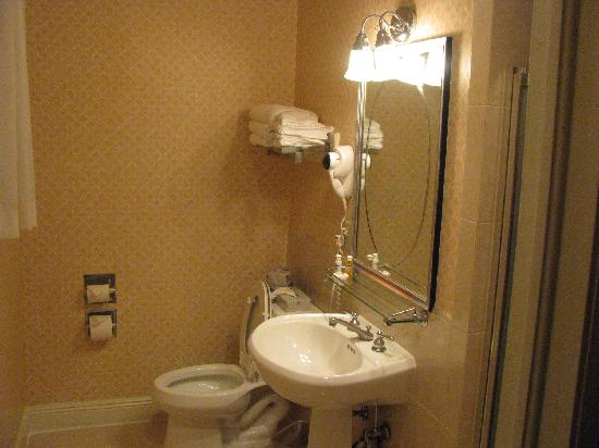 our bathroom (can\'t see big stand in shower in pic) - Picture of ...