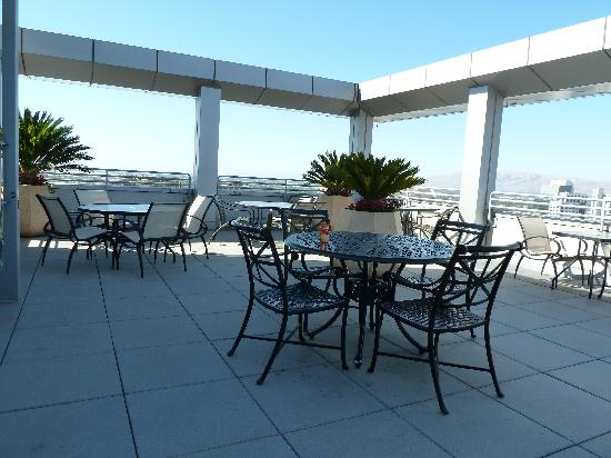 San Jose Marriott: Conciere patio