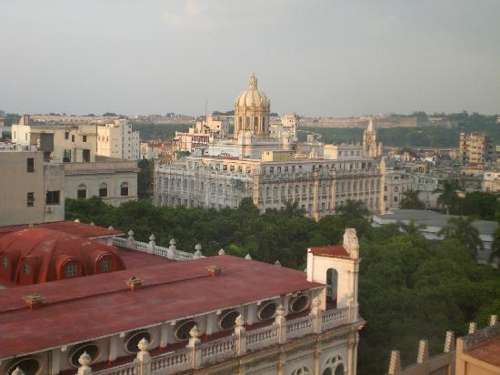 Mercure Sevilla La Habana: Vista desde la habitacion superior