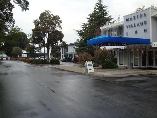 Marina Village Inn Main Entrance