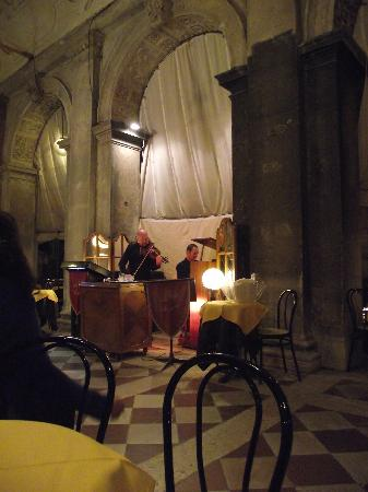 Gran Caffe Chioggia : Violinista, uma simpatia