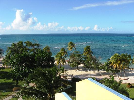 Brisas Guardalavaca Hotel: View from Havana Club Bar
