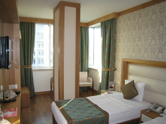 Oz Hotels Antalya Resort & Spa: We had a corner room