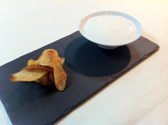 Arome Mediterranean Restaurant: Chips