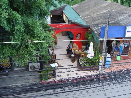 Amarina Residence: great little bar/restaurant across the street (Dacy's Garden)