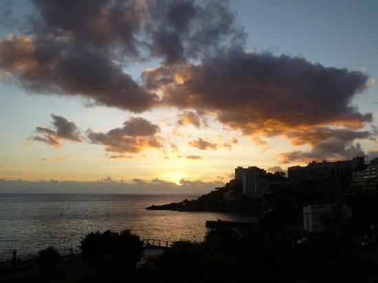 Suite Hotel Eden Mar : Sunset from gardens