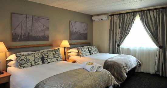 Protea Hotel by Marriott Midrand Samrand: Joburg room twin