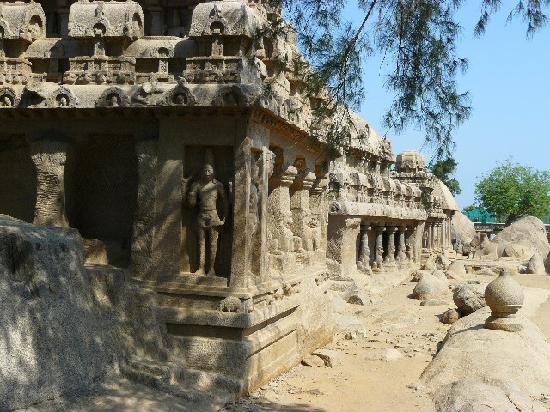 Sea Shore Temple: Monuments in Mamallapuram