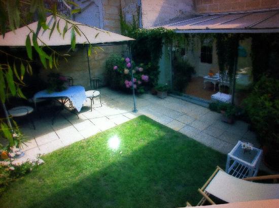 Chartron's House : jardin