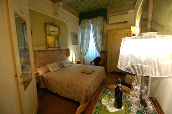 Mr My Resort Florence: first room on first night at sister resort