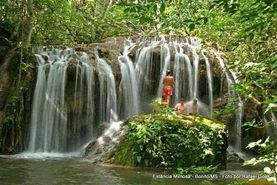 Estância Mimosa Ecoturismo: Waterfall bathing at Estância Mimosa
