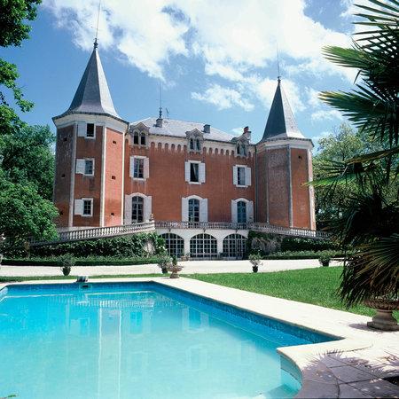 Chateau de garrevaques tarn voir les tarifs et avis for Camping tarn et garonne avec piscine