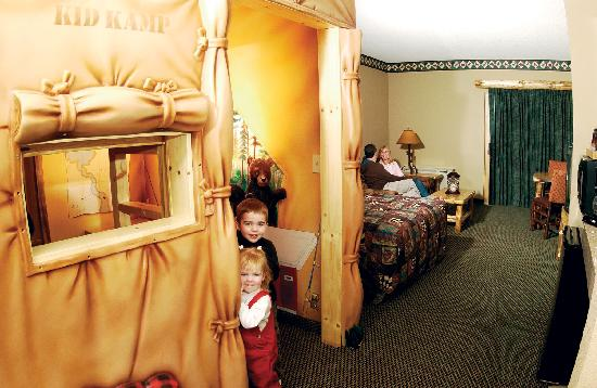 Great Wolf Lodge: KidCamp Suite -- great fun for the kids!