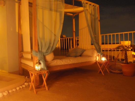 Hotel Portes 9: Rooftop Deck