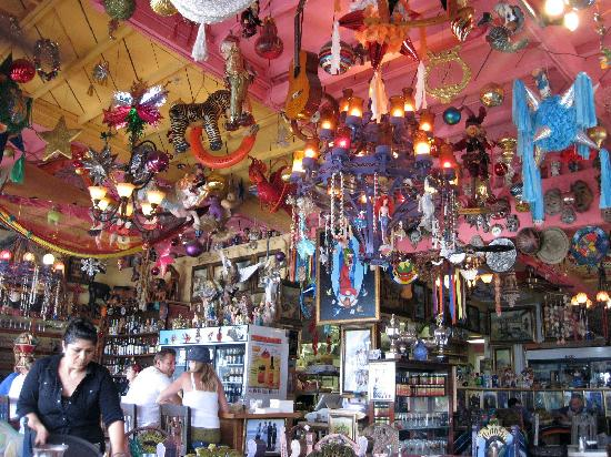 Olamendi's Mexican Restaurant: funky eclectic atmosphere