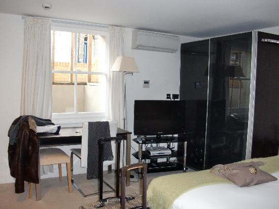 Ethos Hotel: habitacion en planta baja