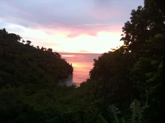 Villa Pomme d'Amour : sunset view from the patio