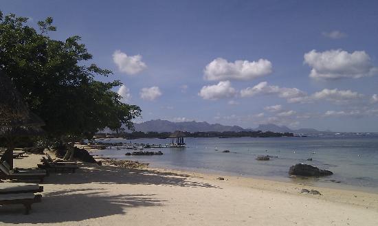 The Oberoi, Mauritius: beautiful manicured beach