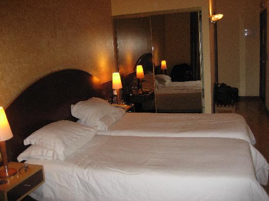 Hotel Internacional: Habitación