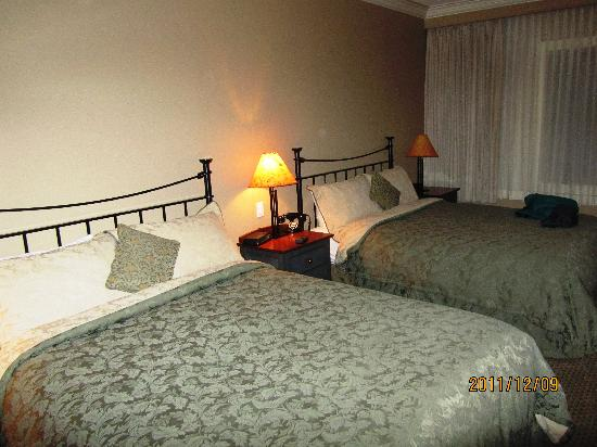 Park Place Inn: 2 queen beds