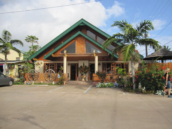 Island Palms Grill & Bar: The restaurant