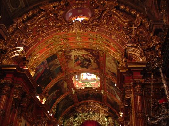 Sao Francisco de Paula Church: Beautiful ceiling inside church