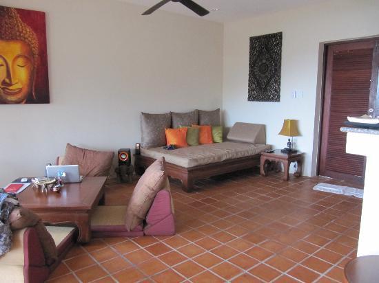 Baan KanTiang See Villa Resort (2 bedroom villas): Wohnzimmer