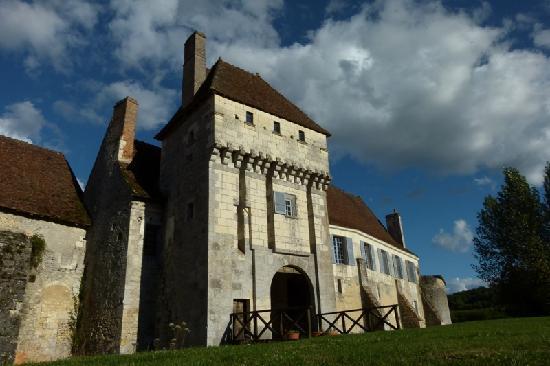 Chateau -monastere de la Corroirie