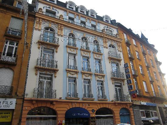 Citotel Cecil Hotel: La façade
