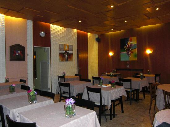 Citotel Cecil Hotel : SALLE DE BREAKFAST