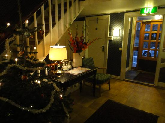 Residence Kristinelund: They decorated for christmas!