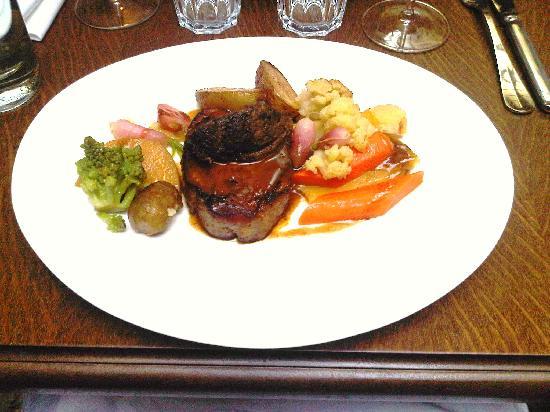 Restaurant Miroir: Boeuf et ses legumes
