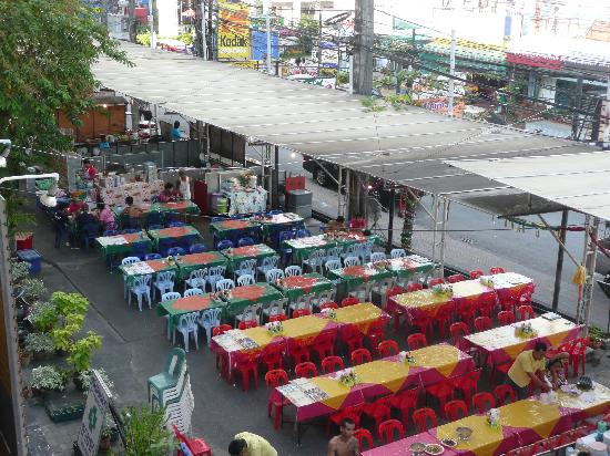 At Phuket Inn: Seafood street restaurants.
