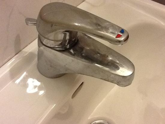 Hotel Ariston: rubinetto lavandino