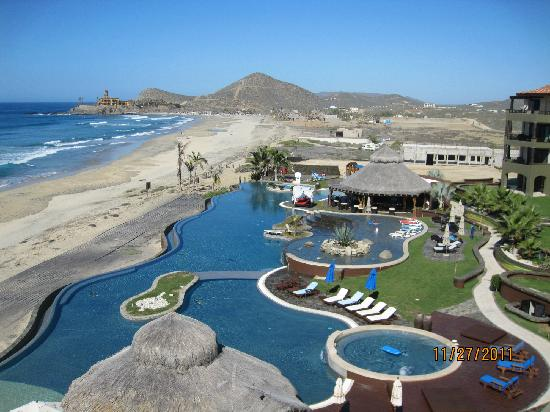 El Pescadero, México: View of pool and Cerritos Beach
