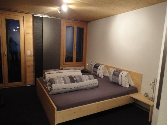 Alphotel Eiger : Lobhorner bedroom