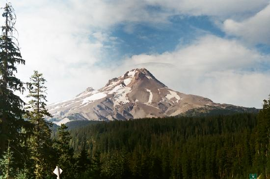 Mount Hood: Mt Hood from Goverment camp(route 35