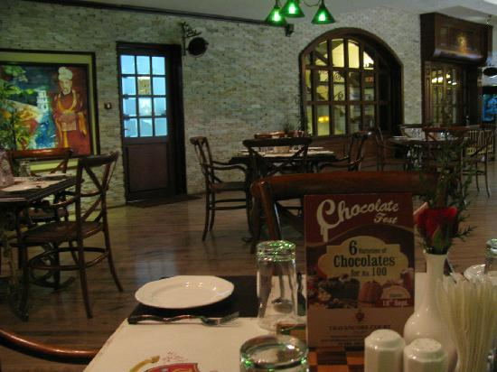 Hotel Travancore Court: Cafe