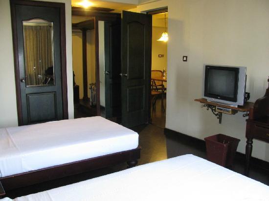 Travancore Court Hotel : Suite - Schlafzimmer